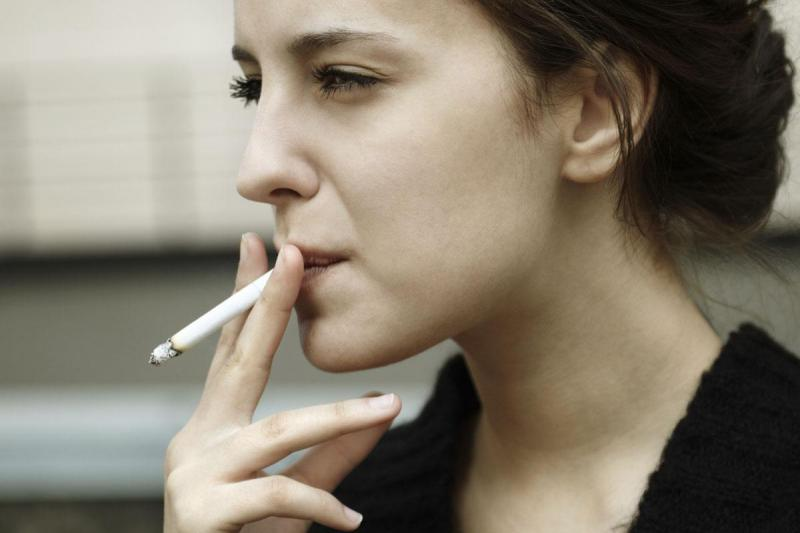 smoking-woman.jpg