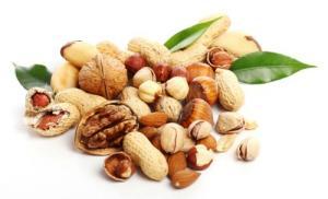 Ежедневное потребление орехов продлевает жизнь