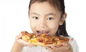 Чем нельзя кормить детей дошкольного возраста