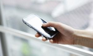 Постоянное использование смартфонов может привести к низкой успеваемости у студентов