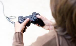 Совместные игры - повод для диалога между родителями и детьми