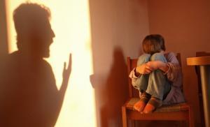 Крик как мера воспитания ребенка совершенно не эффективен